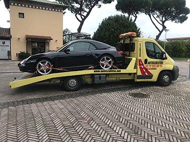 Autószállítás Olaszországból